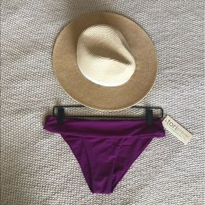 NWT Tori Praver Berry Bikini Bottoms